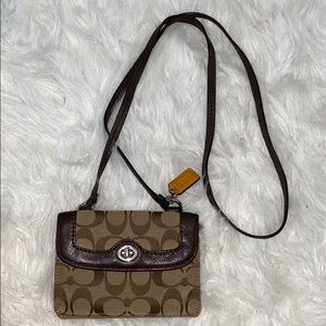 !Authentic! Coach Crossbody Wallet